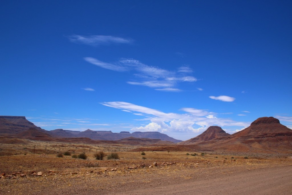reasons to visit namibia